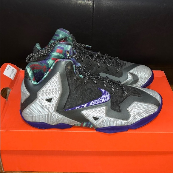 best loved 369f2 4e5e6 Nike Lebron X1 NWT